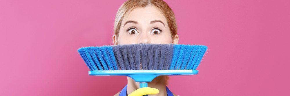 8 marzo, settore domestico è 'rosa': l'88% sono donne come il 58% dei datori ma molte famiglie rinunciano per il costo